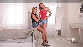DDF Busty-Hot lesbians with Big tits Strap-on fuck to Orgasm