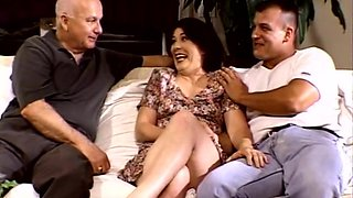 DP Threesome For Screaming Brunette Swinger MILF Wife