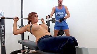 Killergram Yuffie Yulan gets a hto creampie workout from gym instructor
