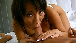 Brutal Morning Fuck With A Very Horny Milf