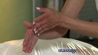 Oily foreplay and intense orgasm for dark haired girls