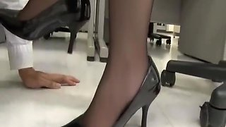 Japanese Foot Fetish in office