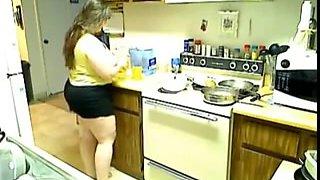 perfect BBW wife doing house stuff