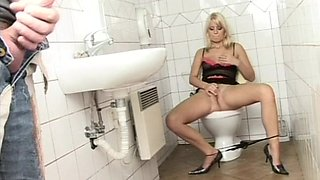 Hardcore fucking in the bathroom with anal loving slut Goldie