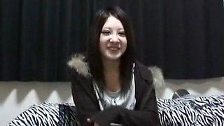 Horny Japanese whore in Amazing Public, Blowjob/Fera JAV clip