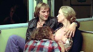 Brigitte Fossey topless - Les valseuses