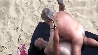 Old man fucking his wife in beach