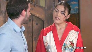 Blowjob bath massage by busty asian masseuse
