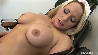 Bodacious nurse Margaret wants to get laid at work