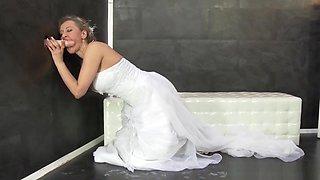 Bride Gets Wam Bukkake