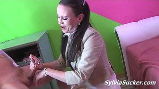 Hot Boss Girl Gives Handjob To Her Office Callboy