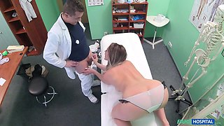 Victoria in Blonde seduces doctor to get her own way - FakeHospital