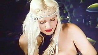 Banane Al Cioccolato - Cicciolina (Ilona Staller) Italian Classic '86
