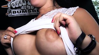 BUMS BUS - German amateur Pearlin gets picked up and fucked