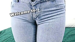 Sexy Denim Cameltoe Big Natural Tits n Tight Round Ass Teen