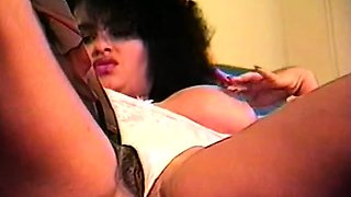 Busty Retro Babes From 1977