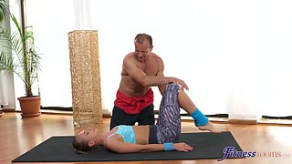 Blonde model spreads her long legs to be fucked by her trainer