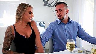 blonde wife deepthroats so good
