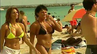 Naked & Bikini Beautiful Beach Babes