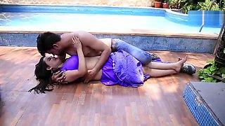 Devar Bhabhi Romance in swimming pool