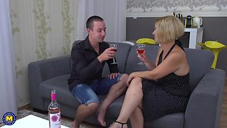 Mom and son having amazing sex on 1st date