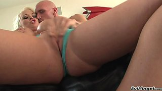 Naughty hot ass sluttie Angel Vain plays with huge dick in hot blowjob scene