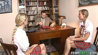 Kinky Schoolgirls in a Threesome