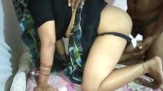 Highway Par Randi Aunty Ko Pataya Room Par Lakar Chudayi Ki
