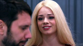 Slender blonde with awesome ass Elsa Jean is making love with her boyfriend