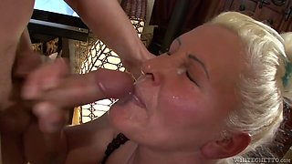Blonde BBW mommy Maria Muhari gets her shaved cunt poked well