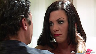 Dark-haired mom Jezebelle Bond gets her twat pounded from behind