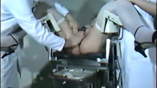 Kinky slut gets her pussy cleaned at the doctr's office