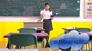 Crazy Japanese model Miku Hasegawa in Fabulous Fingering, Cougar JAV clip