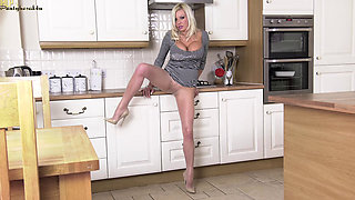 Pantyhosed4U.com 2016.02.10 Michelle Thorne - Hot in the kitchen!