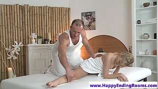 Flexible massage babe tugs before doggystyle