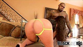 Black and Big - Kandy Kash Craves BBC
