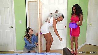 Cheating Bride Scissors The Photographer