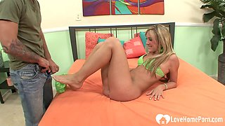 Blonde woman on the bed got banged nicely