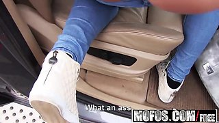 Mofos - Stranded Teens - Flirty Blonde Fucked in Car starrin