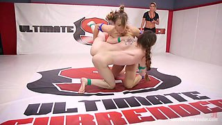Cheyenne Jewel,Bobbi Dylan in Young, Natural Rookie put it all on the line in competitive wrestling - UltimateSurrender