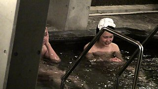 Enchanting Japanese babe enjoys a nice bath on hidden cam