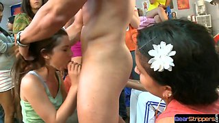 Ream cfnm amateur sucking strippers dong
