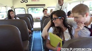 DigitalPlayGround - THE SCHOOL BUS